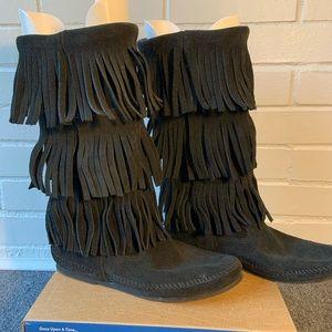 Minnetonka Fringe Moccasin Boots
